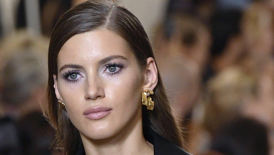 Maquillage brillant chez Elie Saab