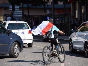 Rodez : concert de klaxons après la victoire de la France face à l'Uruguay