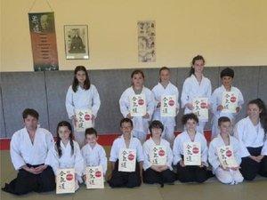 Les jeunes pratiquants sur les tatamis en cette fin d'année