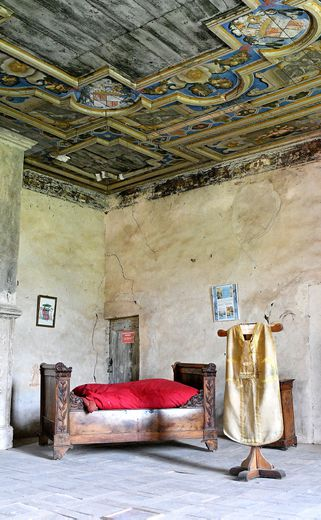 Derrière les murailles rouges se cache un château épiscopal Journée médiévale
