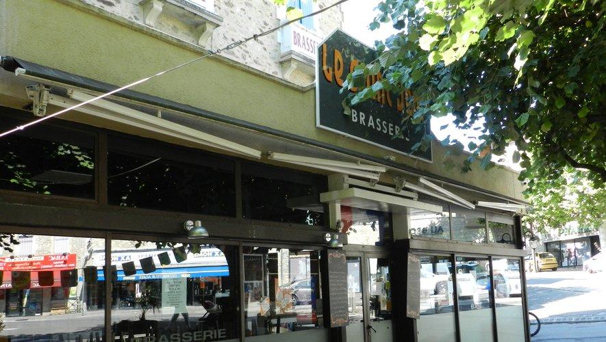 Le café-restaurant Le Saint-Jean est toujours fermé./Photo DDM