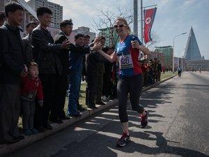 Le marathon de Pyongyang encourage les coureurs amateurs à s'inscrire