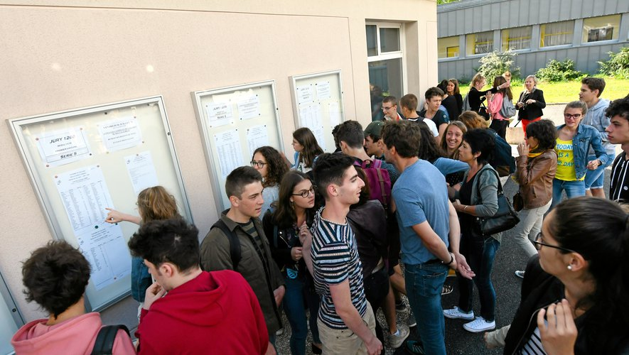 Parcoursup après les résultats du bac, 89 000 jeunes en attente