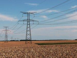 Moissons... de risques sous les lignes électriques