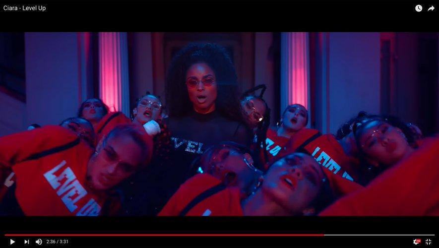 """Ciara dans son nouveau clip """"Level Up""""."""