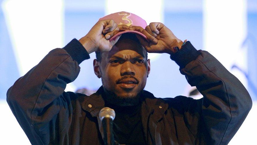 En plus de sortir quatre nouveaux titres, Chance the Rapper a annoncé l'achat d'un site d'information locale à Chicago.