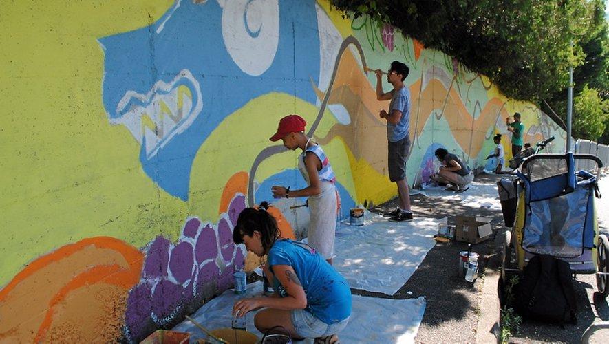 """La fresque fait partie du projet """" Parcours d'Artistes """"."""