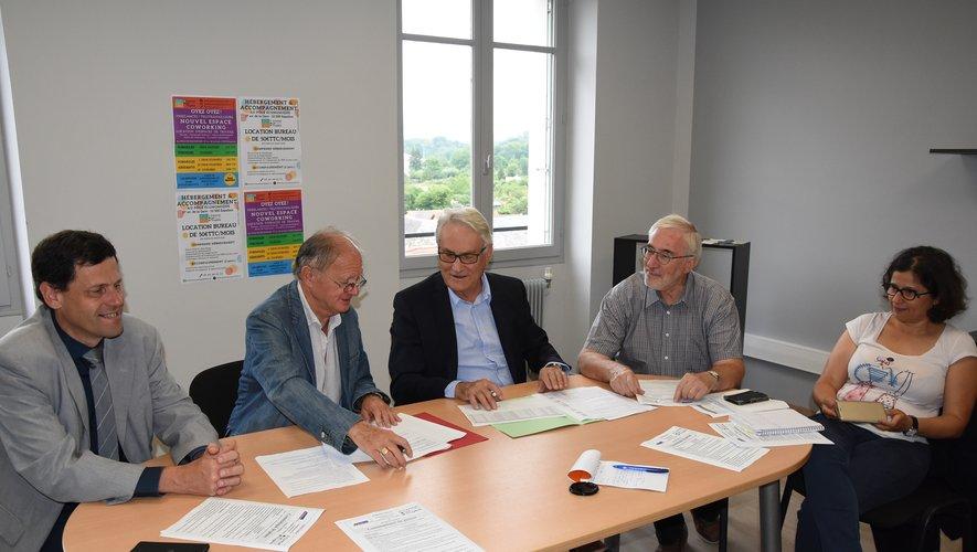 Les signatures de Jean-Michel Lalle et  Jean Thomas ont finalisé le partenariat.