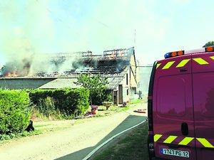 MontbazensUn bâtiment agricoledétruit par un incendie