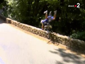 L'impressionnante chute de Philippe Gilbert sur le Tour de France en vidéo !