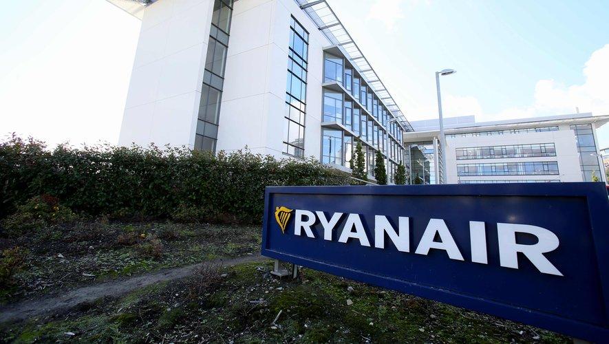 FILES-IRELAND-AVIATION-STRIKE-BUSINESS-RYANAIR
