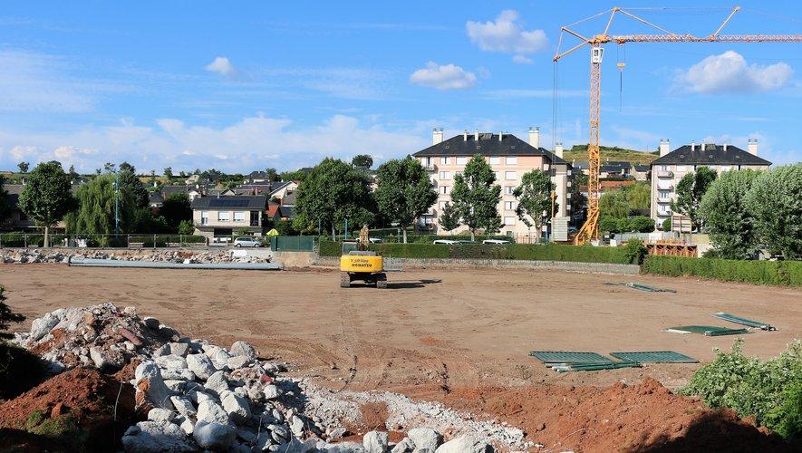 Exit le stade Georges-Vignes où les travaux de fondation ont déjà démarré pour les futurs aménagements.