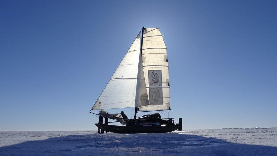Ils partent à la conquête de l'Arctique avec un drôle de voilier testé en Aveyron