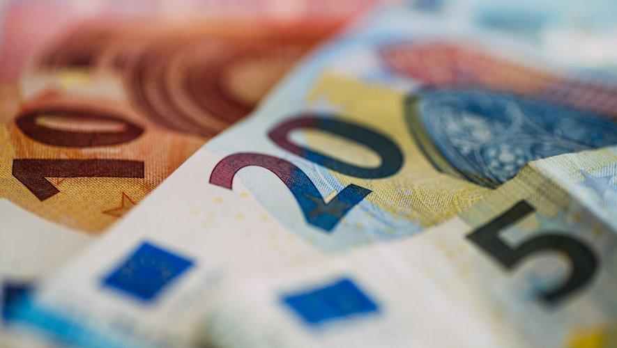 Vacances : les Européens perdent 115 euros par an en frais cachés