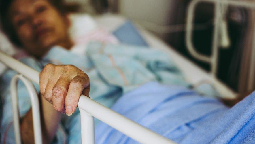 """Des chercheurs japonais ont annoncé lundi qu'ils allaient procéder au premier essai sur l'homme d'un traitement de la maladie de Parkinson par des cellules souches dites """"iPS"""""""