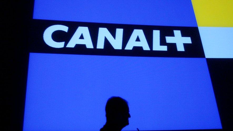 A l'international, Canal+ compte désormais 16 millions d'abonnés en tout (y compris via des contrats d'opérateurs télécoms ou des abonnements collectifs d'entreprises), contre 14,6 millions à fin juin 2017.