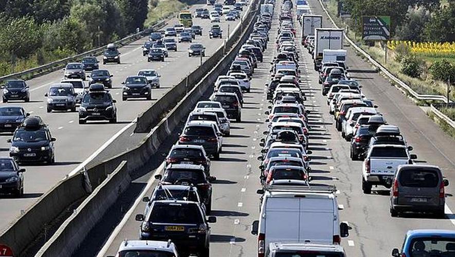 Canicule jusqu'à 40°C dans le Sud, le chassé-croisé bloque les autoroutes