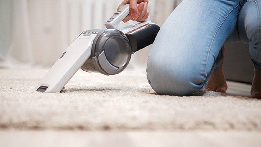 L'exercice physique paraît un bon moyen de réduire le risque de dépression, qu'il s'agisse de pratiquer un sport, de marcher ou même de faire le ménage, selon une étude parue jeudi.