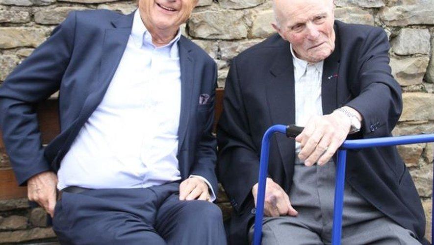 Hubert Bouyssière, ici avec Pierre Bonte pour une de ses dernières sorties officielles le 1er juillet 2016 pour les 35 ans de tourisme vert de Carlou