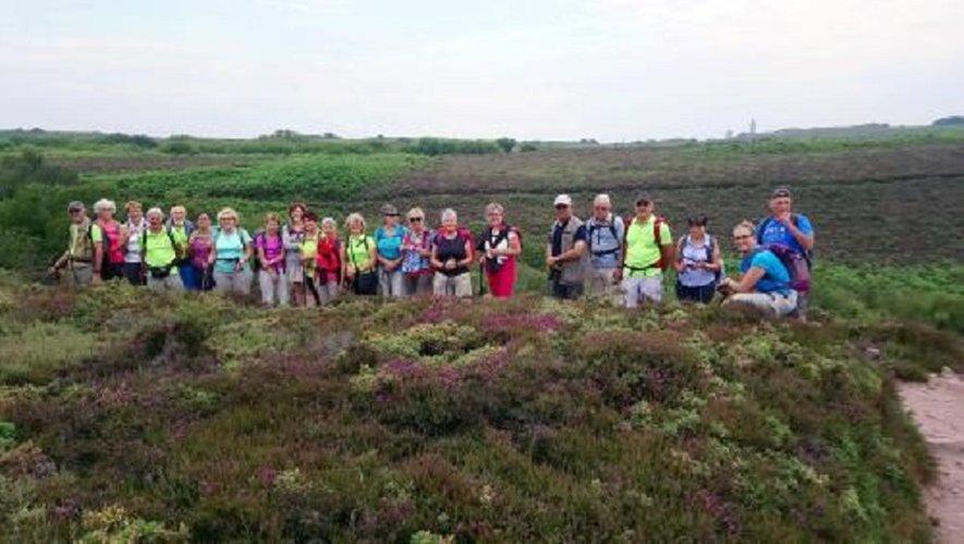 Les vingt-cinq participants à ce séjour d'une semaine en Bretagne.