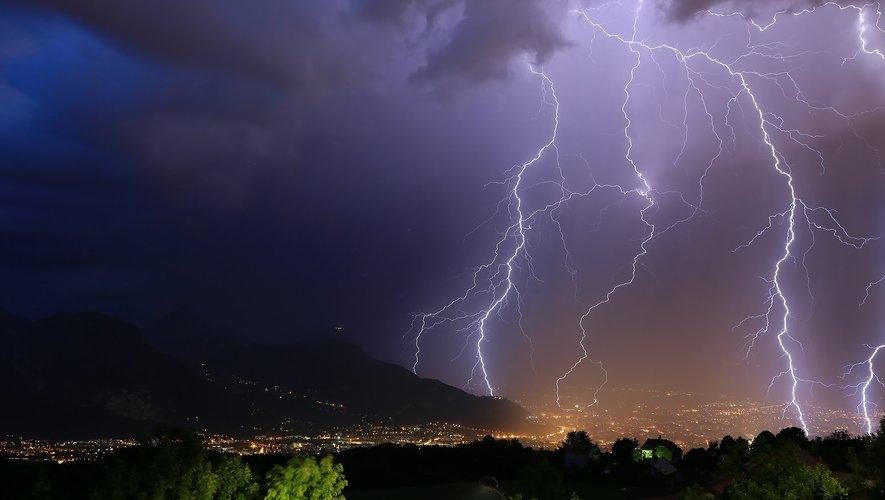 Le Gard placé en vigilance orange aux orages