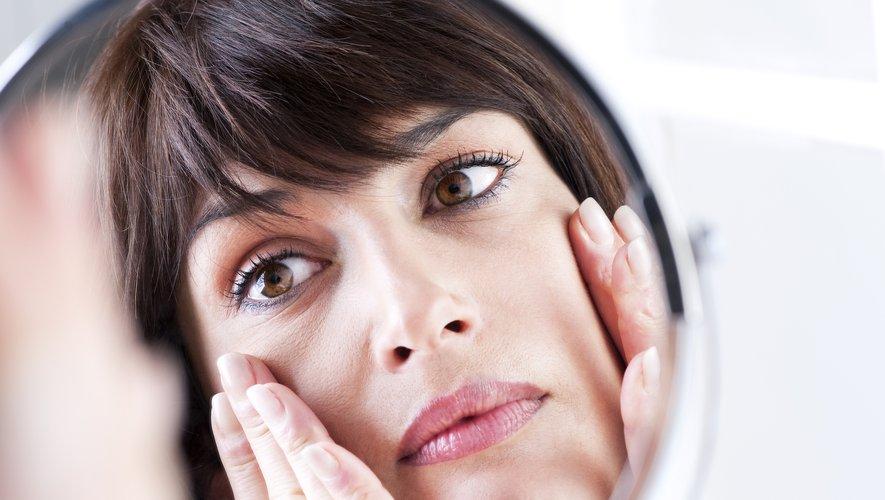 La proportion de femmes britanniques qui appliquent un soin de jour sur leur visage est passée de 59% en 2017 à 66% en 2018.