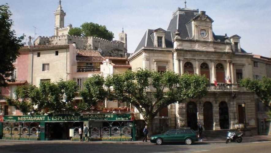 Ancienne capitale de la soie, Saint-Ambroix compte un peu plus de 3000 habitants.