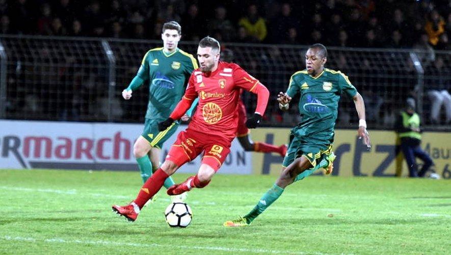 Football : très mauvaise opération pour Rodez à Marseille-Consolat (2-0)