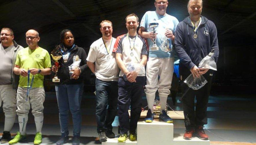Beau tournoi et belles victoires pour les licenciés du club d'escrime d'Onet-le-Château