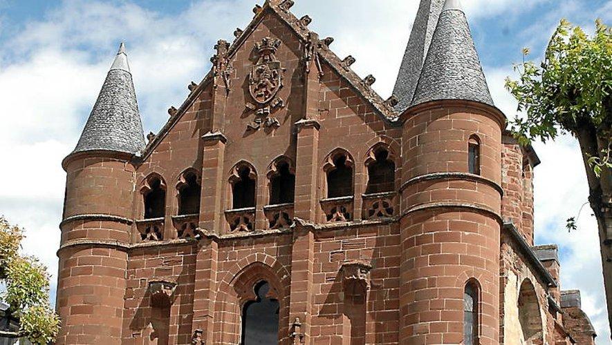L'ancienne église Saint-Jean abrite les musées Vaylet et du scaphandre.
