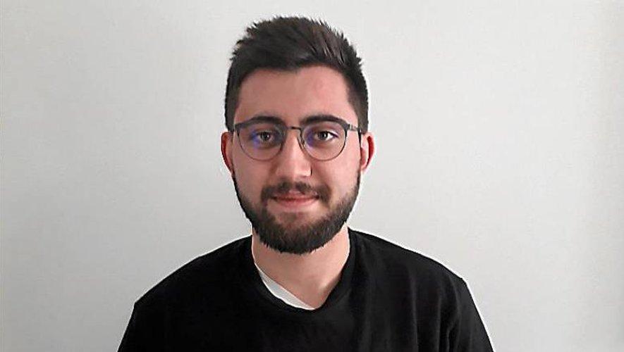 Bastien Tournié, Villefranchois de 21 ans, étudiant à Toulouse, est devenu l'un des cinquante ambassadeurs en France de l'ONG One en lutte contre la pauvreté dans le monde.