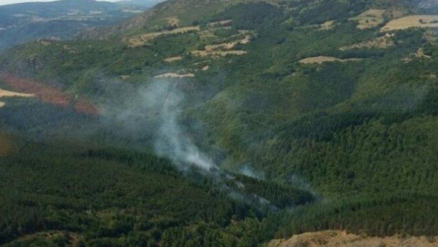 Départ de feu à Mélagues : 70 pompiers mobilisés dans le Sud-Aveyron