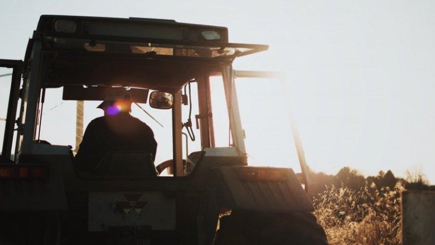 Le nombre d'exploitations agricoles en Aveyron est passé de 15 600 à 9090 entre 1988 et 2010, année du dernier recensement agricole.