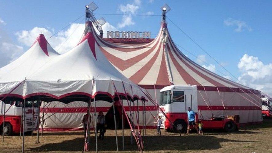 Installé à Villefranche-de-Rouergue, le cirque Maximum a annulé toutes ses représentations et notamment son passage à Espalion cette semaine.