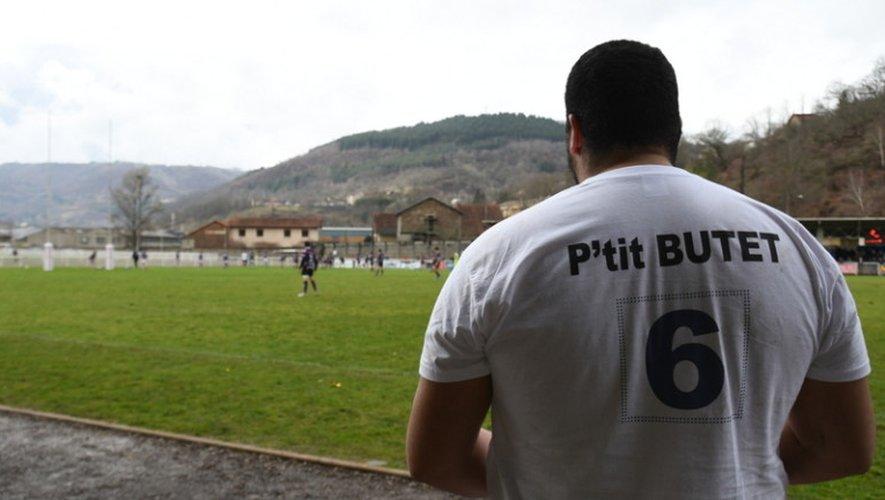 À Decazeville, tout le club s'est mis au soutien de son p'tit, Florian Butet, toujours hospitalisé.