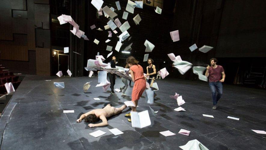 Parmi les spectacles proposés dès la rentrée, «Tartuffe ou l'imposteur» le 3octobre à 20h30, par la Troupe éphémère du Sorano.