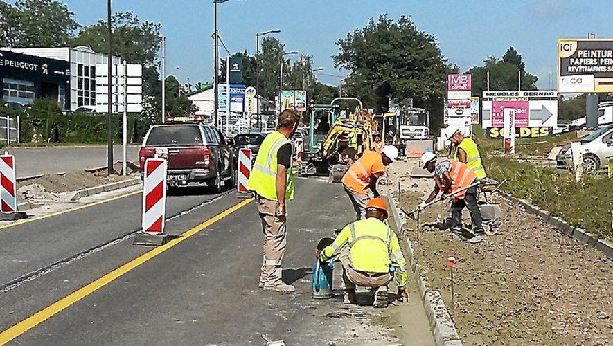 La voie descendante de l'avenue de la Gineste a été fermée à la circulation durant deux jours.