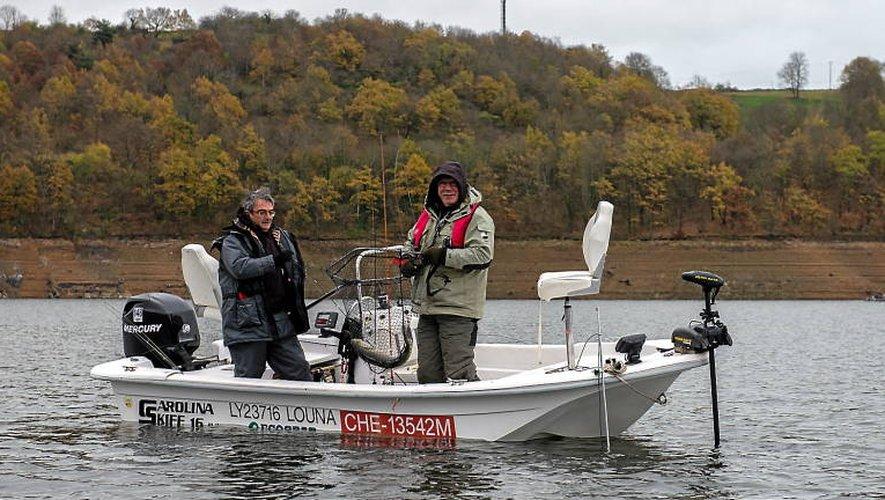 Les pêcheurs apprécient la période froide parce qu'ils peuvent pratiquer des techniques qu'ils affectionnent.