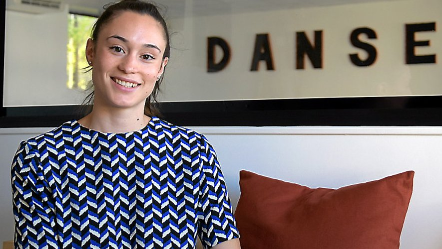 Rodez : à la pointe du classique, Camille Legray ouvre son école de danse