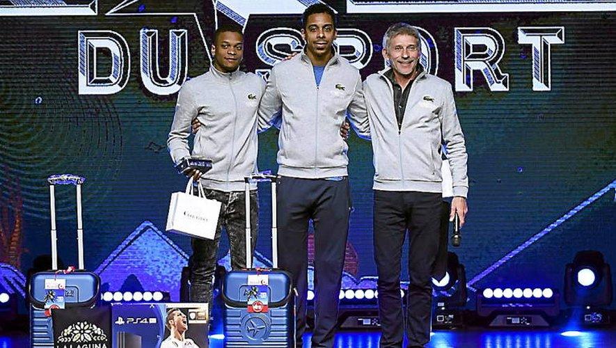 La 2e place pour l'escrimeur ruthénois Mathias Biabiany (à gauche) aux étoiles du sport à La Plagne, dans les Alpes, avec, notamment, son parrain, le champion  olympique Jean-Michel Lucenay (au centre).
