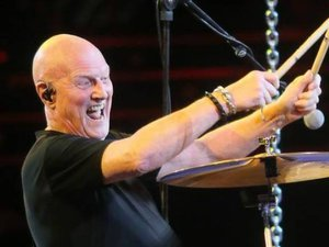Le batteur d'AC/DC, tête d'affiche du Lax'n Blues festival