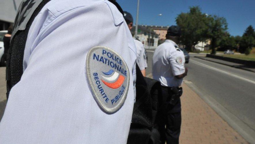 Rodez : le conducteur détruit un lampadaire et prend la fuite