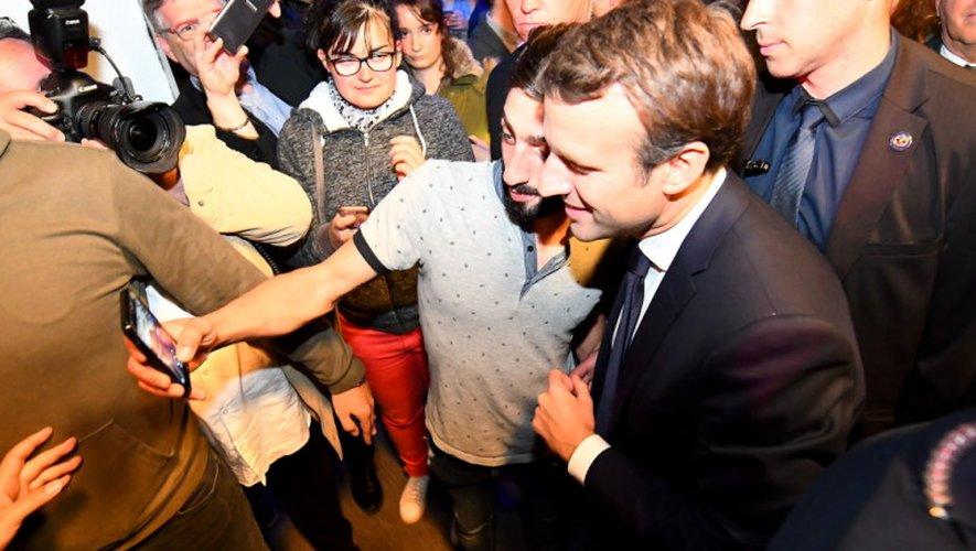 Le favori à l'élection présidentielle, Emmanuel Macron, est à Rodez jeudi soir et vendredi matin.