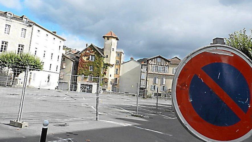 La question du futur parking de Villefranche se joue entre Bernard-Lhez et Lescure