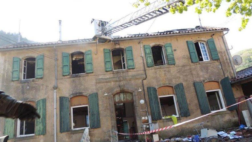 Tauriac-de-Camarès : la mairie part en fumée
