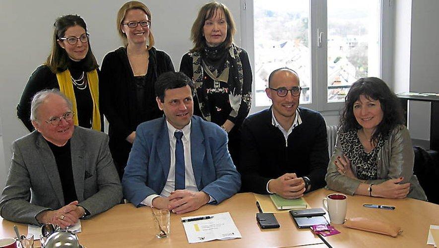 La présentation du projet, en présence de Jean-Michel Lalle, Eric Picard, maire, Claire Molinier, Evelyne Fournier, Maria Martin, M.Bodin et Anne Cabrolier,