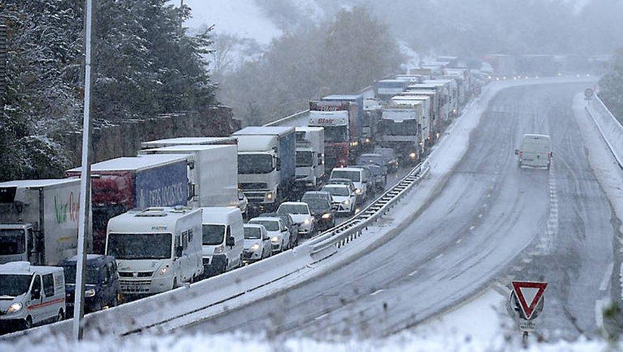 Des chutes de neige abondantes pourraient impacter le trafic routier sur l'A75.