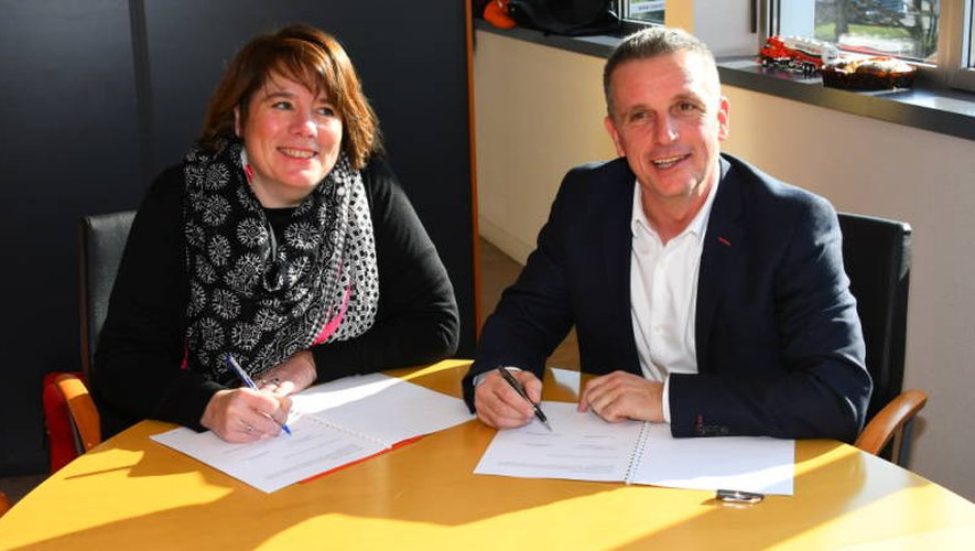 La signature du partenariat s'est déroulée ce matin dans les locaux de l'entreprise d'Onet.
