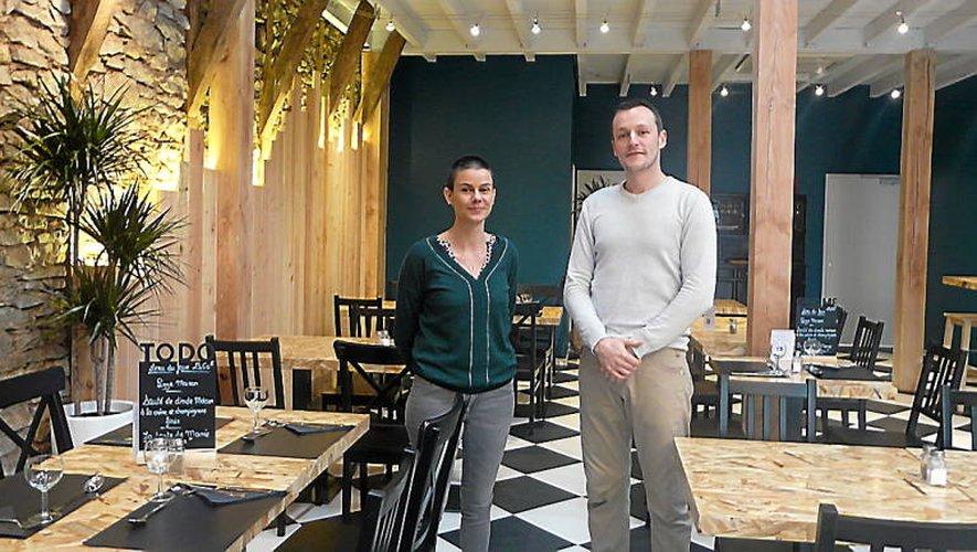 Emmanuelle et Ezechiel vous accueillent «Chez Elysée».