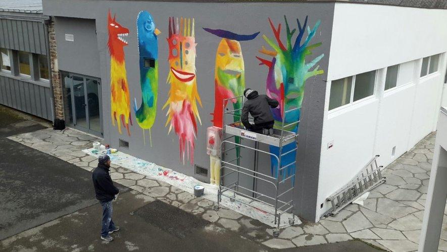 A Rodez, Bault met son art au service des lycéens de Foch